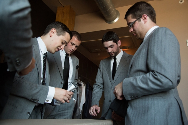 Groomsmen Getting Ready | Affichomanie Blog